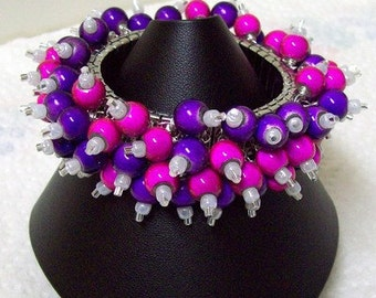 Stretch Cha Cha Bracelet with Fuchsia and Violet Wonder Beads