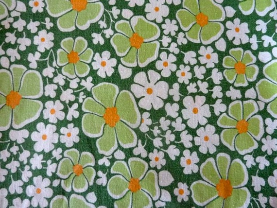 Vintage Sheet Fat Quarter - 70's floral green, orange, white