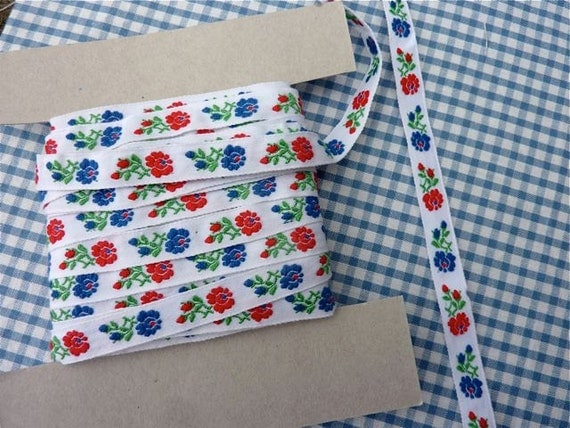 Scandinavian/Dutch style ribbon with red and blue flowers - 1 yard
