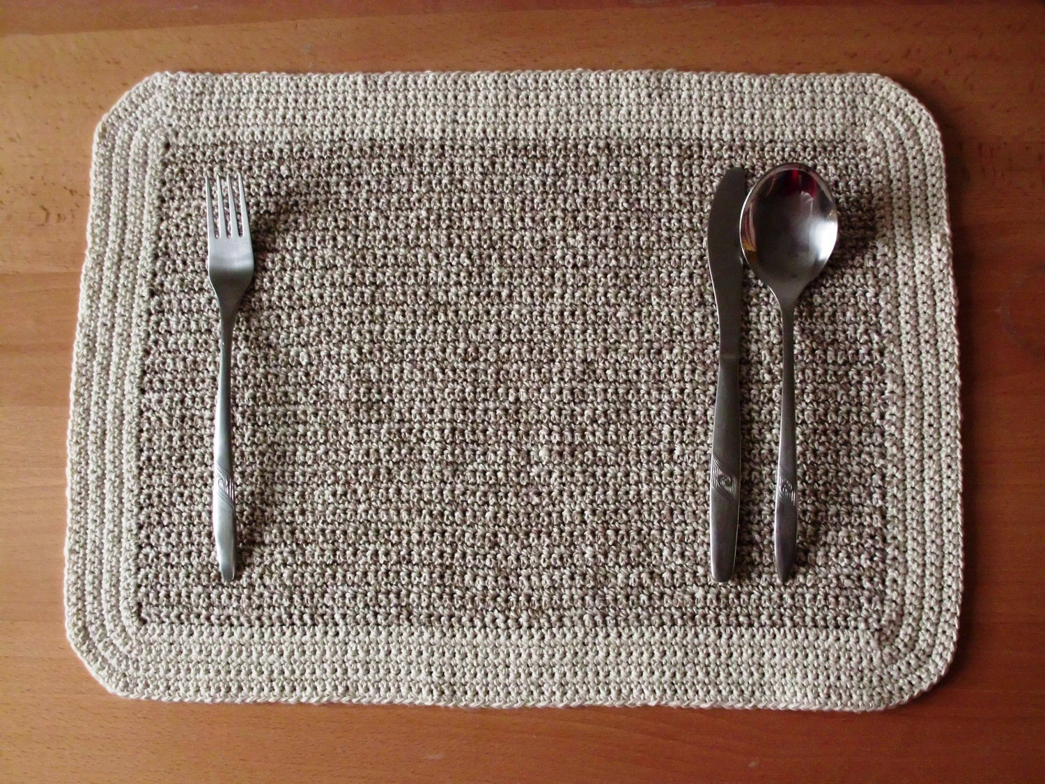 Crocheting Placemats : Crochet Placemats - useful home decor PATTERN PDF