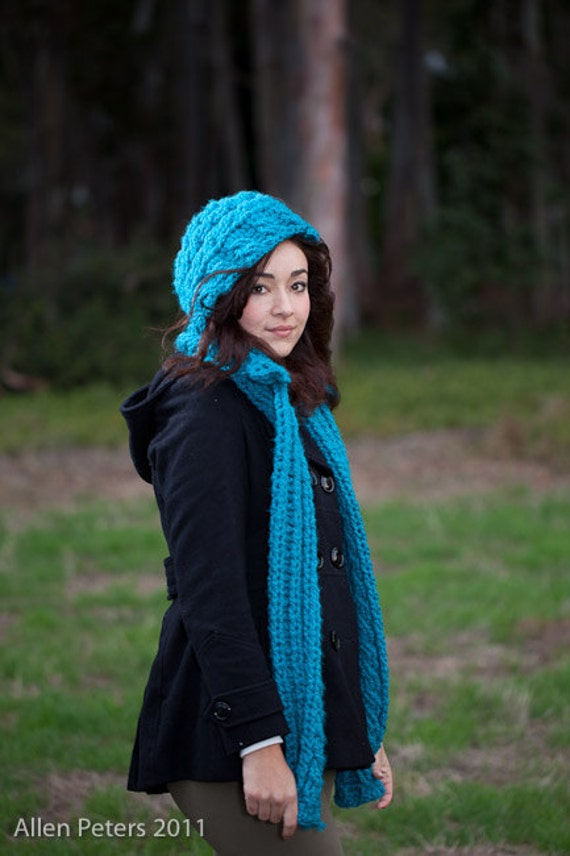 Crochet Pattern for a cute hooded scarf