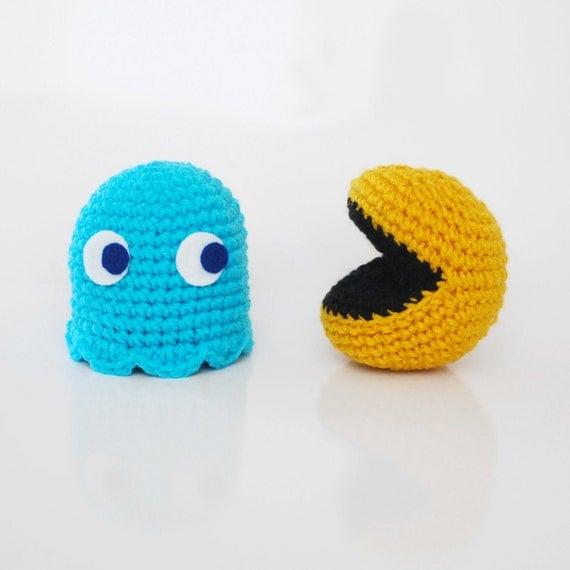 Amigurumi Pacman : Items similar to Pacman and Blue Ghost - Amigurumi Crochet ...