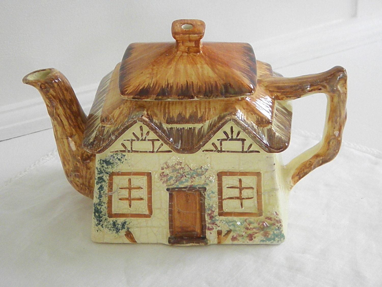 Vintage Cottage Ware Teapot Keele St Pottery