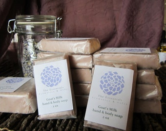 Goat's milk soap 2 oz scented with Everything nice blend