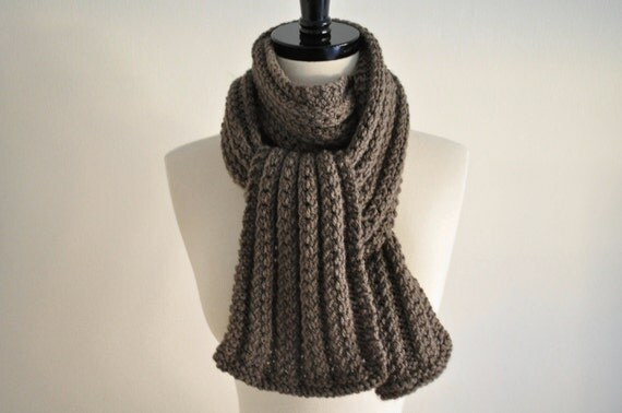Knitted Scarf in Taupe color