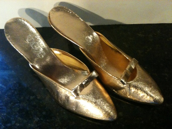 Pair of Vintage 50s Gold High Heal Shoes size 6 1/2 Sale
