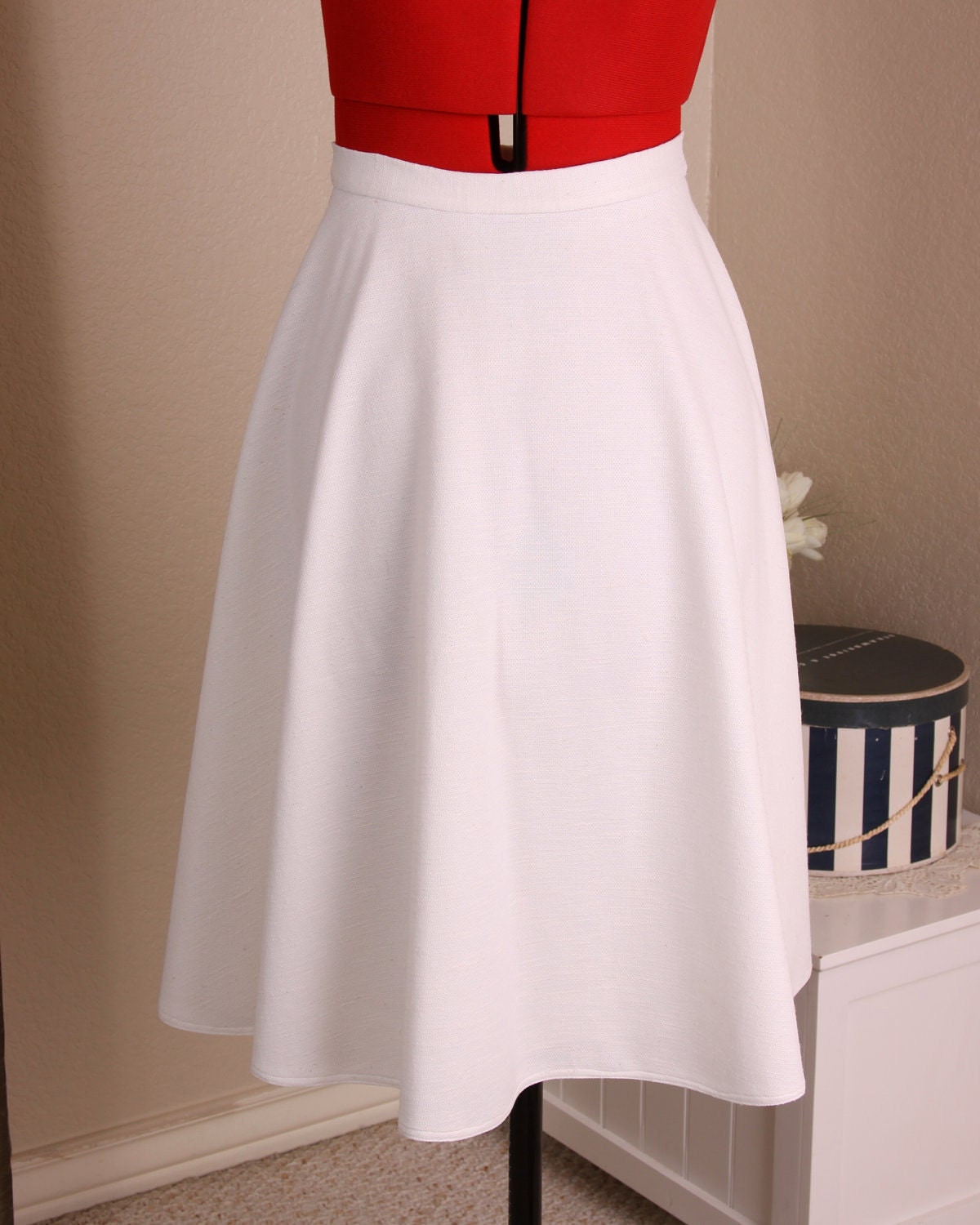 White A-Line Skirt Vintage 70's High Waisted Circle