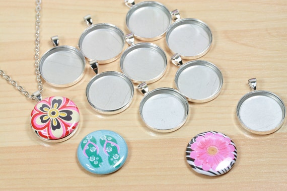 SILVER- 10 DIY Pendants and Magnetic Inserts Kit  for use with 1 inch Interchangeable Magnet Back Buttons  - Affordable