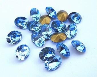 18 Light Sapphire 8x6mm Swarovski Oval Rhinestones-Loose Rhinestones-Bulk Rhinestones-Wholesale Rhinestones-Loose Crystals