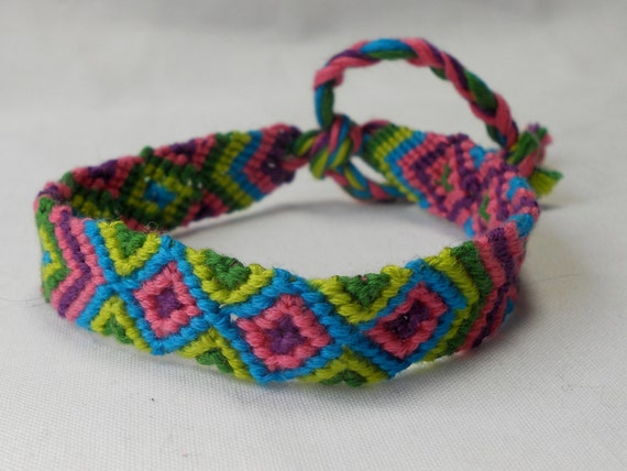 Friendship Bracelet Multicolored Diamond Pattern