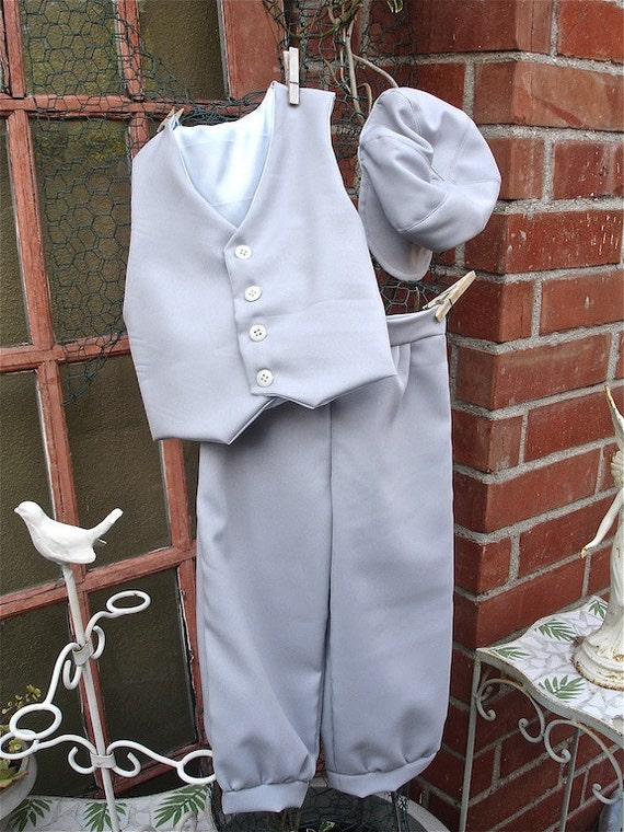 Pastel Grey Size 1-3yrs or 4-6yrs knicker/pants little boys