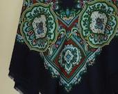 Vintage Paisley Shawl // Extra Large Scarf