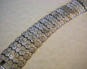 VINTAGE CORO HONEYCOMB Wide Bracelet Silver Tone