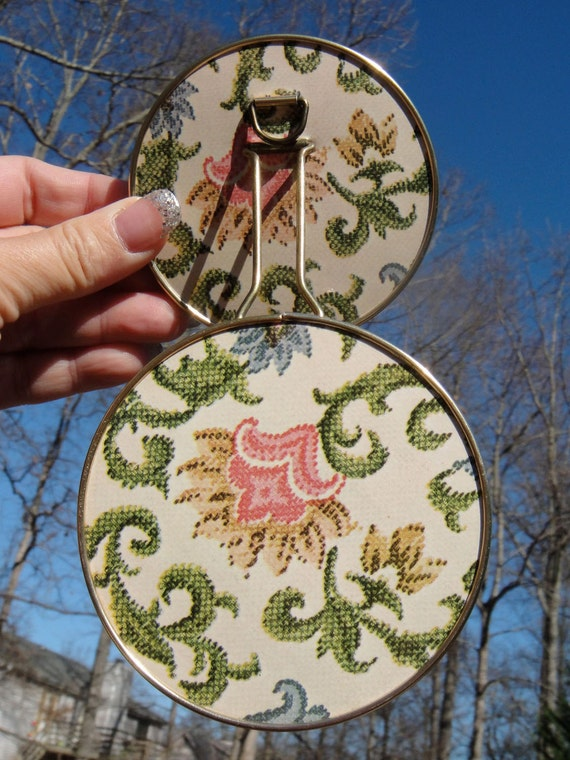 Vintage Stitch Floral Jointed Double Compact Mirror