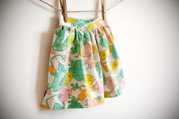 Girls Garden Party Skirt / Vintage Fabric / Spring Gardens / 12-18 months / OOAK
