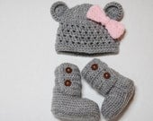 Baby beanie and ankle booties set ---- available in different colors