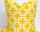 Pillow.Yellow.20x20  inch Decorator Pillow Cover.Printed Fabric Front and Back.Chainlink.