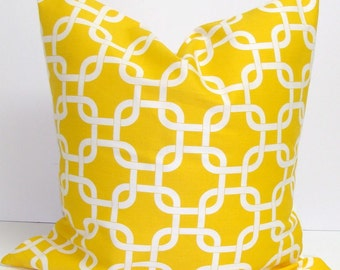 YELLOW PILLOW.16x16 inch.Yellow Pillow Cover. Decorative Pillow Cover.Housewares.Yellow Throw Pillows..Cushion Cover.Yellow Geometric Pillow