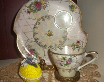 Victorian teacup and extra large saucer/ pastry plate,pink,roses,luster,french country,cottage,cottage chic,paris apartment,shabby chic