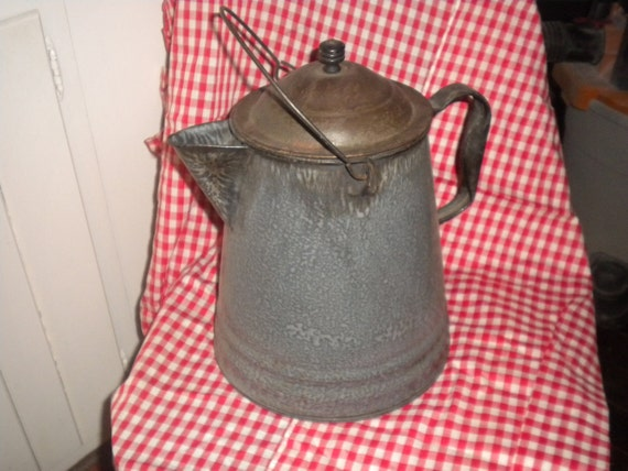 Large Vintage Granite Coffee Pot,country,primitive,coffee pot,graniteware,folk,cottage