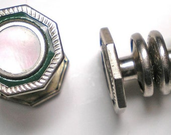 Green Enamel, MOP Snap Cuff Links Vintage   Item No: 16073