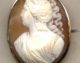 CAMEO Brooch  Goddess Diana   Vintage Item No: 10215