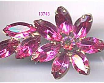 Pink Flower and Leaf Brooch   Item No: 13743