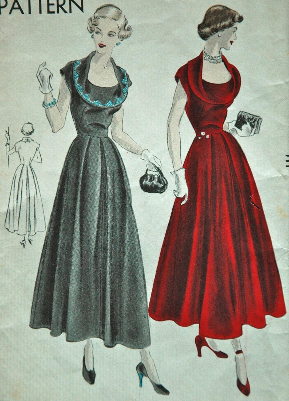 1940's Vogue One Piece Dress Pattern Bust 30
