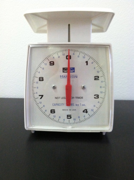 Vintage Kitchen Scale 1960's