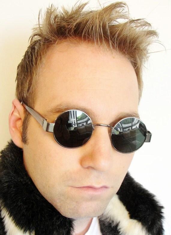 Authentic VINTAGE Deadstock GROOVY 1960s Hippie Round Glass Lens Sunglasses Gunmetal