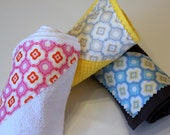 FREE SHIPPING, Moda design set of 3 wash cloths, Terry Cloth, light yellow, Wash Cloth, kitchen, Gift, Bathroom, Shower Gifts