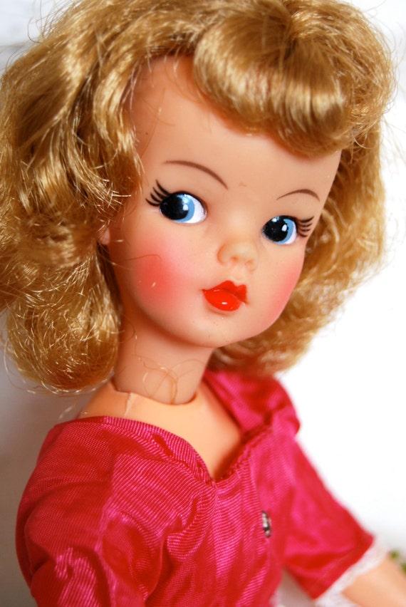 Tammu Back: Vintage Ideal Tammy Doll RESERVE TEGLIS