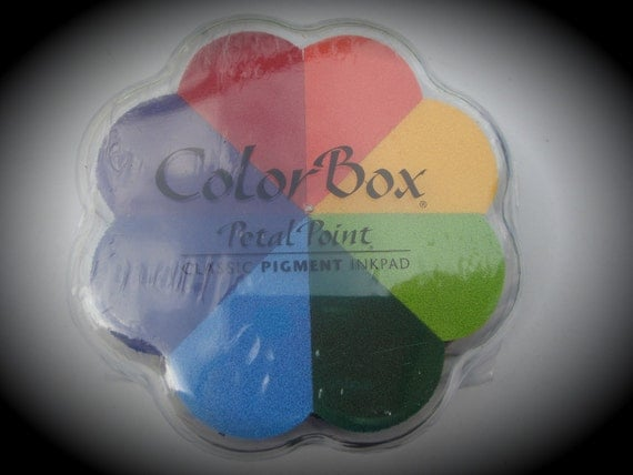 Clearsnap ColorBox Pigment Ink Pad Petal Point  - Pinwheel