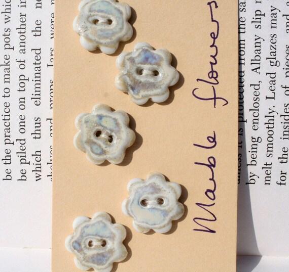 Ceramic Buttons: Flower shape, Marble glaze.