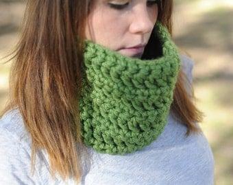 SALE! Green Crochet Cowl
