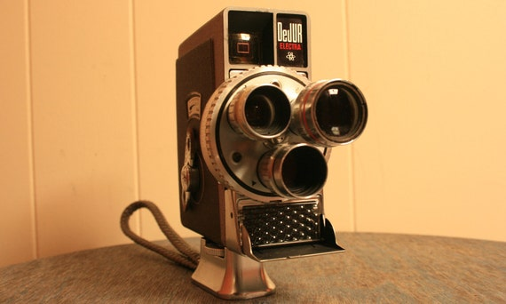 Rare 13mm Movie Camera - Dejur Electra - 1950s - BrandosFunkyFinds