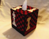 Chess Set Tissue Box Cover Red & Black Plastic Canvas Kleenex Cozy Fathers Day