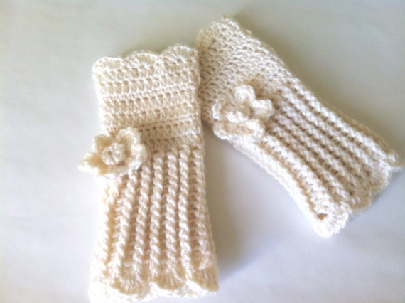 Crochet wrist warmer fingerless gloves, customized long fingerless gloves in Ivory color