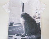 SALE - Printed T-shirt - musing cat Fuku - unisex S