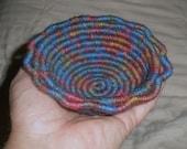 "Lotus Bowl / Basket - Small Jute ""Blue Confetti"""
