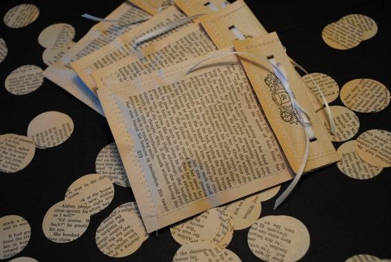 Vintage Book Confetti in custom envelopes, Wedding Confetti, Paper Circles, Table Decoration, Party Decoration