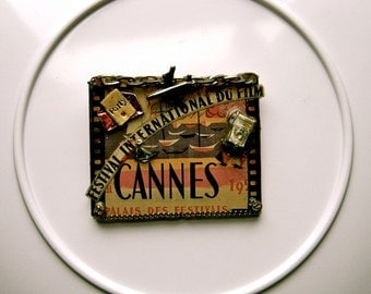 Vintage Cannes '51 Pin- C'est delicieux