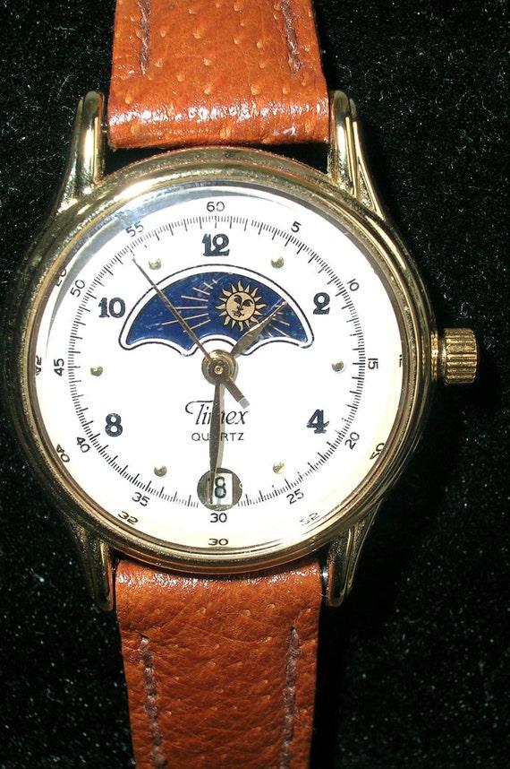Vintage Rare Timex Moon Phase Calendar Diver Quartz Watch Sun Moon Stars Antique Like New