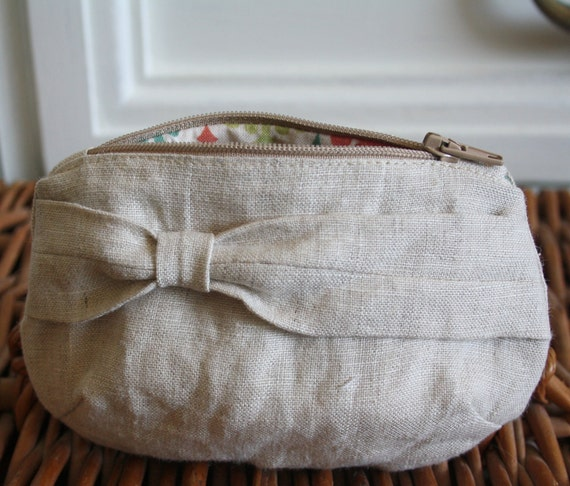 Small Linen Zippy Pouch