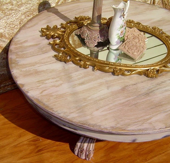 round coffee table with pedestal claw foot by drabtofabvintage. Black Bedroom Furniture Sets. Home Design Ideas
