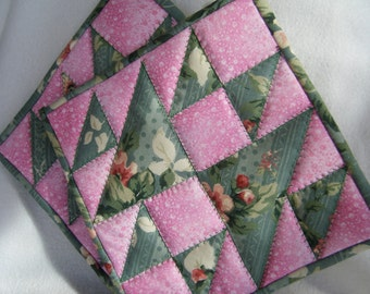 Green and Pink Quilted Potholders - Set of 2 - HANDMADE BY ME