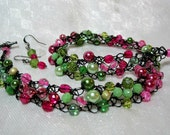 Beaded Necklace in Black, Pink and Green, handmade wire crochet bead jewelry, beadwork necklace