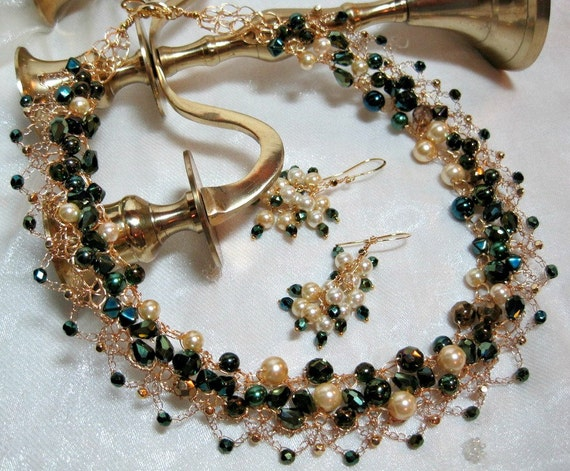 Lacy Green and Pearl Beaded Necklace Set, handmade beadwork jewelry, wire crochet necklace