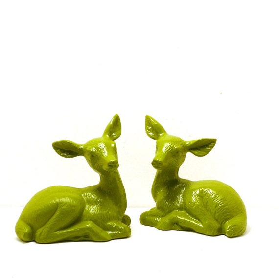 RESERVED deer figurines  //  avocado green, woodland, kitschy decor, 70s, mod, forest, spring housewares, nature, upcycled
