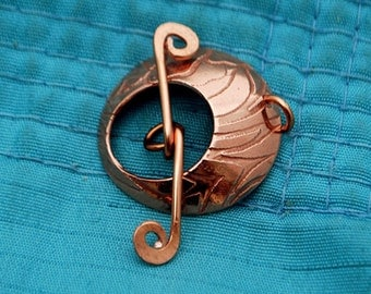 Handmade Copper Toggle & Clasp - Iris Pattern - handmade findings - flower clasp - floral copper clasp - round toggle - polished copper